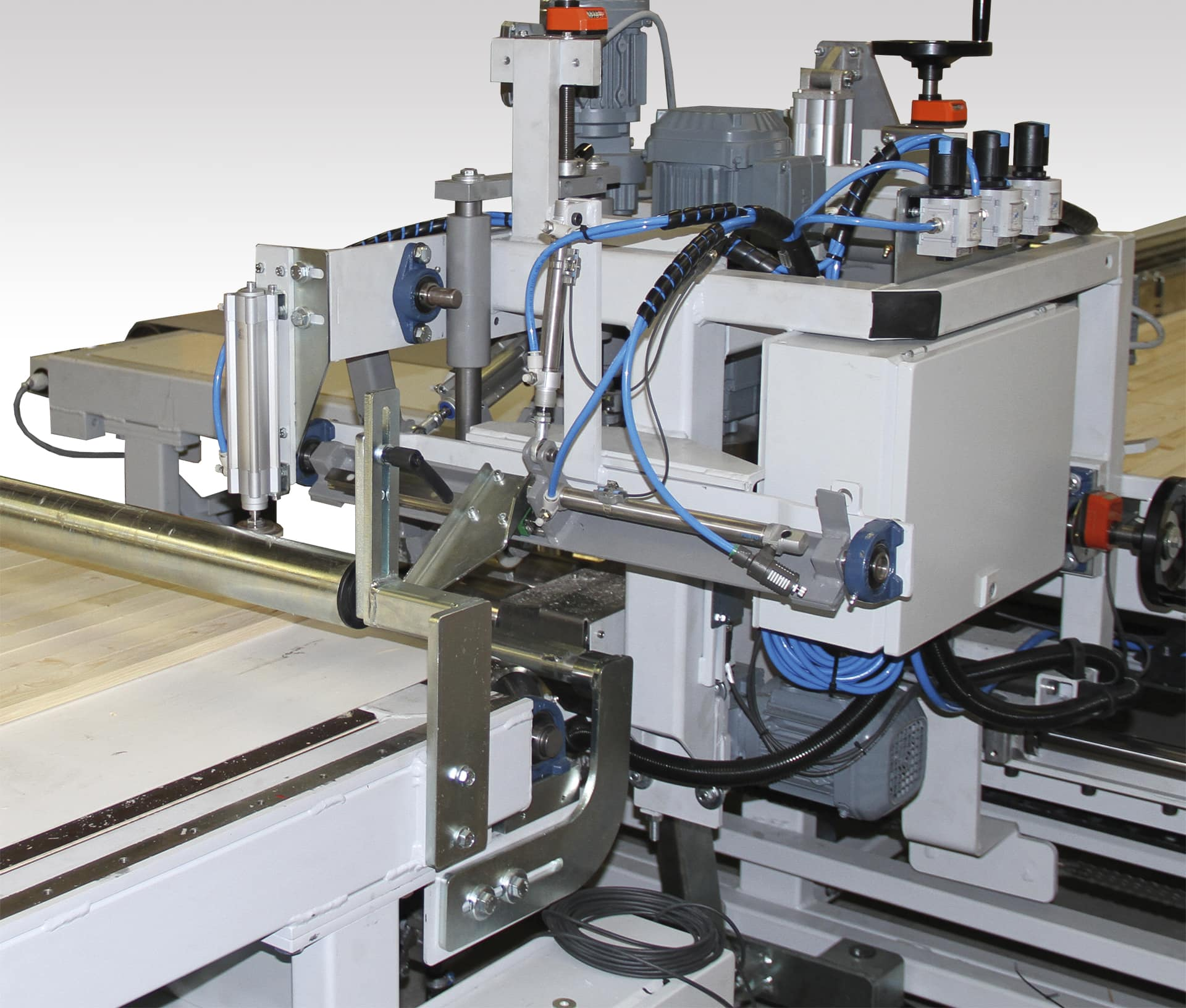 Press Press Cardi B : chorus press, press, press, press
